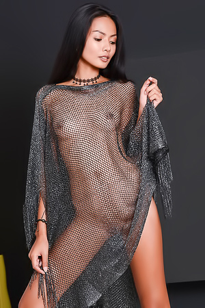 Exotic Girl Magen In Sexu Fishnet